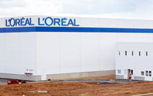 ����� L'Oreal  � �������;